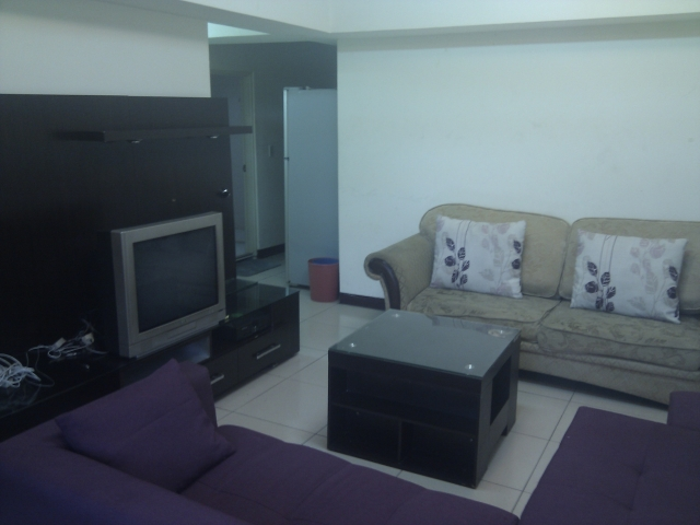 Fully Furnished Long/Short Term Apartment, near MRT