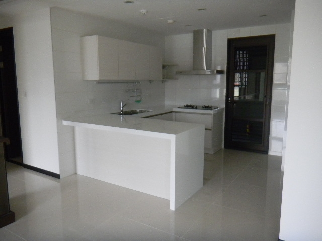 Luxury 3BD/2BT Apartment in Tianmu