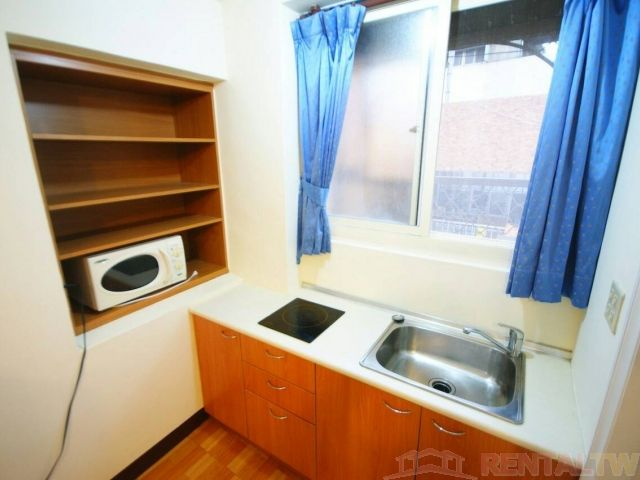 Wanlong MRT Studio Separate Living Room Kitchen NTU NTNU,Taipei #2