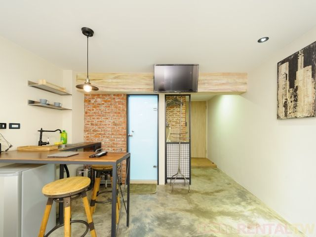 Gorgeous Short Term Apartment near Ximen MRT for 4 people,Taipei #1