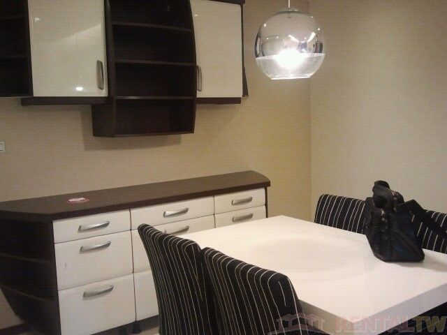 Gorgeous Short Term Apartment near Ximen MRT for 4 people,Taipei #15