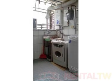 Nice and Clean Studio Apartment with patio, near MRT,Taipei #1