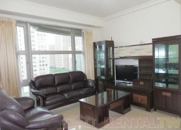 CONVENIENT Location, near MRT, NTU, NTNU and NCCU