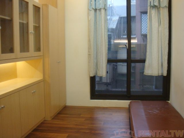 Spacious Newly Decor Double Deck Apartment