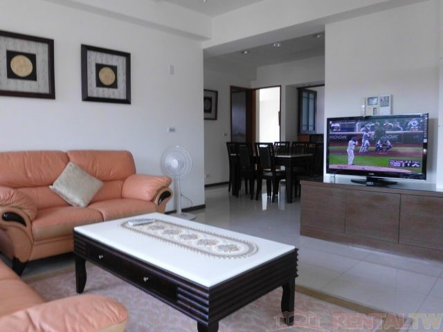 Tianmu Spacious Fully Furnish 3BR Apartment