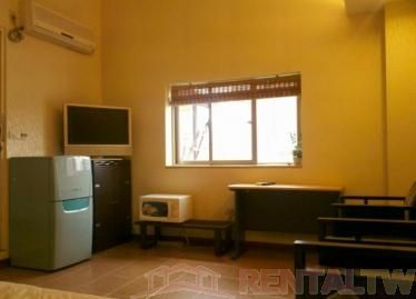 Furnished Spacious Studio near MRT Liuzhangli