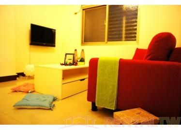 Comfortable Newly Furnished 2 Bedrooms Apartment