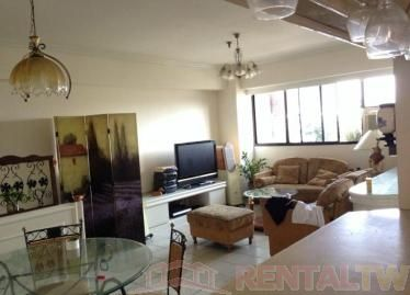 Spacious 2 Bedrooms + Study Room Apartment