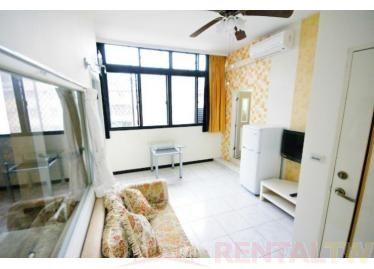 Spacious One Bedroom Apartment near MRT Station and NCCU,Taipei #4