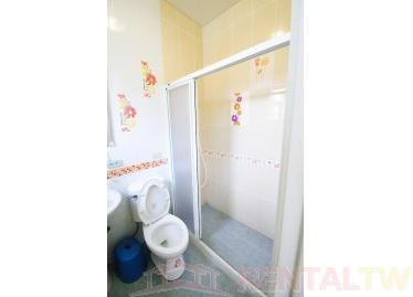 Spacious One Bedroom Apartment near MRT Station and NCCU,Taipei #8