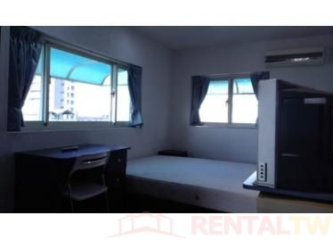 Spacious Newly Decor 3 Bedrooms Apartment near NTU, MRT,Taipei #4