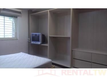 Spacious Newly Decor 3 Bedrooms Apartment near NTU, MRT,Taipei #8