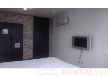 Spacious Newly Decor 3 Bedrooms Apartment near NTU, MRT,Taipei #13