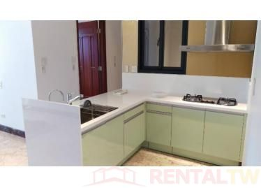 Spacious 2 Bedrooms New Apartment