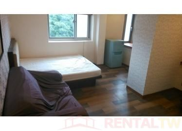 Spacious Furnished Bright Studio near NTU