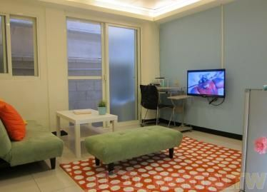 Quiet Area 2 Bedrooms Apartment at 1st Floor Zhongshan Dist.