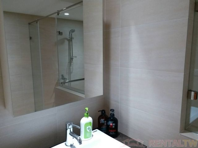 Gorgeous Newly Decor Studio with Kitchen Balcony Bathtub#603,Taipei #10