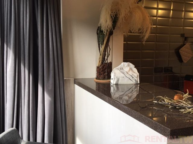 Gorgeous Brand New Decor One Bedroom Kitchen near MRT,Taipei #5